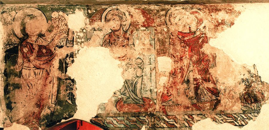 South wall of the nave: the Annunciation and the Visitation (thirteenth century).